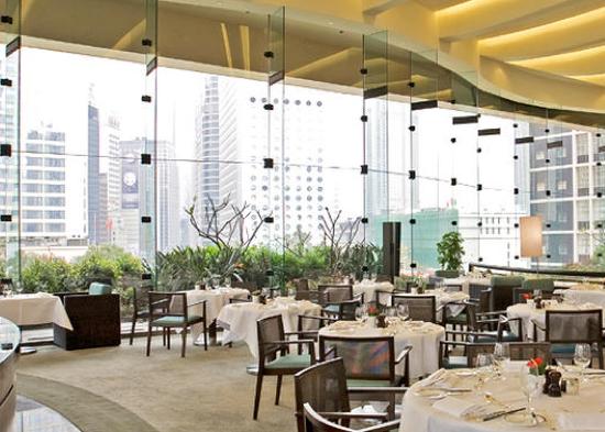 THE HONG KONG CLUB